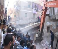 صور  مصرع وإصابة ٣ مواطنين في انهيار عقار بالشرقية
