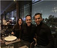صور| داني ألفيس وصديقته في ضيافة يوسف الشريف بالقاهرة