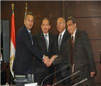 بروتوكول تعاون بين العامة للطرق وبنكي الأهلي ومصر للمساهمة بـ 1.8 مليار جنيه
