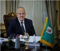 رئيس جامعة القاهرة: المشاركة في النهوض بالمجتمع فريضة وطنية