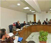 محافظ أسيوط يلتقي 48 مواطنًا من ذوي الاحتياجات الخاصة وكبار السن