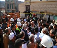 محافظ قنا يتفقد مشروعات مياه الشرب والصرف الصحي في أبوتشت