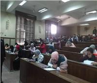 عميد علوم القاهرة يتفقد سير الامتحانات في اليوم الأول لها