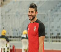 فحص طبي للاعب الأهلي ياسر إبراهيم