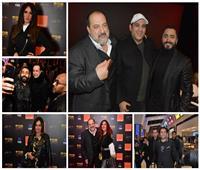صور| هؤلاء احتفلوا مع تامر حسني بفيلمه الجديد «الفلوس»
