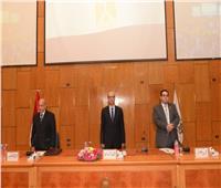 """ندوة ناجحة عن""""الإصلاح الاقتصادي في مصر"""" بجامعة أسيوط"""