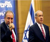تعليقا على لحظة هروب نتنياهو.. ليبرمان: دليل انهيار الردع الإسرائيلي