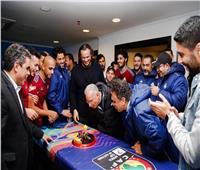 صور| بيراميدز يحتفل بعيد ميلاد زيزو