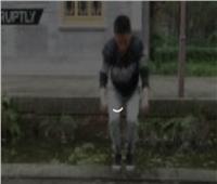 شاهد|معلم كونغ فو يمشي على المياه