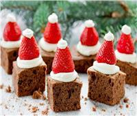 أكلات الكريسماس  «براونيز بابا نويل» في 4 خطوات