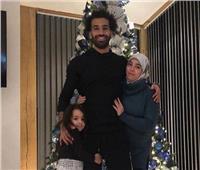 تعليق ناري من عمرو أديب بعد الهجوم على «صلاح» بسبب شجرة «الكريسماس»