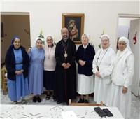 بطريرك الكاثوليك يهنئ الجماعة الرهبانية بالمستشفي الإيطالي بأعياد الميلاد