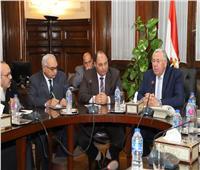 وزير الزراعة يبحث مع «التعاونيات» تفعيل دورها لخدمة الفلاح