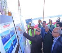 بأسوان وقنا.. وزير النقل يتابع معدلات تنفيذ 3 محاور على النيل