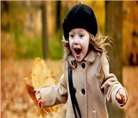 8 أطعمة تمنح طفلتك شعر صحي وناعم في الشتاء