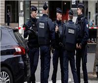 سقوط قتيل وعدد من المصابين في هجوم بسكين قرب باريس