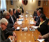 3 وزراء يبحثون استكمال تنفيذ استراتيجية النهوض بالقطن المصري