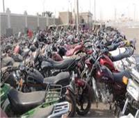 ضبط متهمين يقودون دراجات بخارية مسروقة بقنا