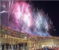 فيديو| الألعاب النارية تزين سماء الغردقة استعدادا لاحتفالية «الأفضل»
