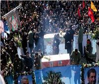 فيديو| بعد انتقام إيران.. بدء مراسم دفن قاسم سليماني
