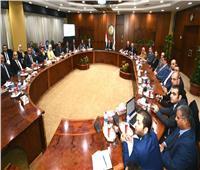 وزير البترول يلتقى شباب برنامج الإدارة المتوسطة
