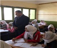 شوشة يتفقد امتحانات نصف العام بمدارس سيناء