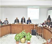 اجتماع لجنة تقنين أراضي الدولة بأسيوط لإستكمال إجراءات طلبات وضع اليد