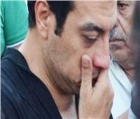 تحرك جنازة والد إيهاب توفيق إلى مسجد السلام