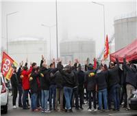 نقابة فرنسية: الإضراب في المصافي سيستمر حتى 16 يناير