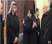 بالفيديو | مصطفى قمر يقدم واجب العزاء في والد إيهاب توفيق