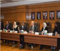 رئيس جامعة القاهرة: ندعم «طب الأسنان» لتخريج أطباء بمواصفات عالمية