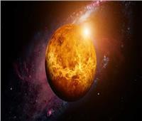 علماء الفلك يرصدون جسما طائرا غير طبيعي داخل مدار كوكب الزهرة