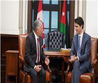 العاهل الأردني يبحث العلاقات الثنائية مع رئيس الوزراء الكندي