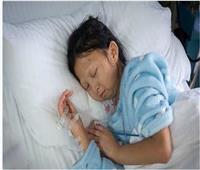 الوفاء في أبهى صوره| فتاة «تموت من الجوع» لعلاج أخيها المريض