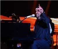 حسين الجسمي لجمهوره في القصيم: تفاعلكم وحضوركم فخم