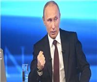 بوتين يبحث هاتفيًا مع ميركل الجوانب المتعلقة بمؤتمر برلين حول ليبيا