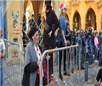 فيديو| قوات الأمن تفرق المتظاهرين بخراطيم المياه أمام مجلس النواب اللبناني