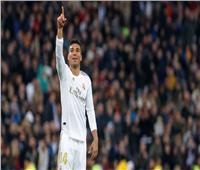 فيديو| ريال مدريد يقهر إشبيلية ويتصدر الدوري الإسباني «مؤقتاً»