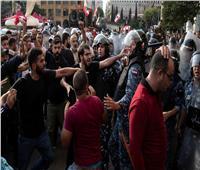اشتباكات بين المتظاهرين وقوات الأمن اللبنانية قرب مبنى البرلمان