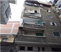 إصابة سيدة في انهيار شرفة عقار شرق الإسكندرية بسبب الأمطار