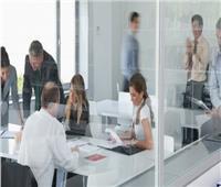 دراسة: المشاعر المزيفة في مكان العمل مضرة
