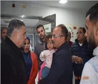 محافظ البحر الأحمر ينقذ طفلة بمستشفى الغردقة