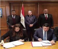 وزير قطاع الأعمال يشهد توقيع عقد إعادة هيكلة شركات النقل البري للركاب والبضائع