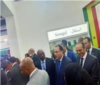 صور| رئيس الوزراء يتفقد أجنحة معرض القاهرة الدولي للكتاب