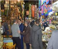 رئيس «اتحاد الغرف» يتفقد المحال التجارية بمنطقة الحسين