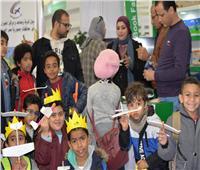 صور.. وزارة الطيران تشارك بمعرض القاهرة الدولي للكتاب الـ51