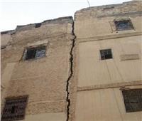 حقيقة إجبار الأهالي بالإسكندرية على توقيع إقرارات لإبقائهم بالمنازل المُعرَضة للسقوط