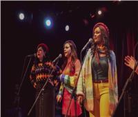 صور  أغنيات «بهججة» تُشعل حماس الجمهور بمسرح «الساقية»