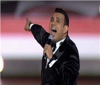 محمود الليثي يلهب حماس الحضور بحفل «مصرنا»