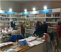 ندوات وورش عمل بلغة الإشارة في جناح ذوي الاحتياجات الخاصة بمعرض الكتاب